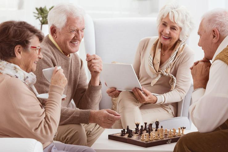 Benefits from living in retirement home