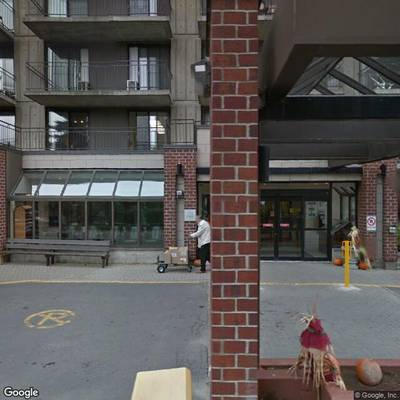 streetview_montreal-montreal-chateau-beaurivage